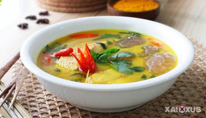 Resep cara membuat papeda ikan kuah kuning