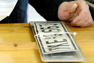 Επιστροφή πινακίδων, αδειών οδήγησης και κυκλοφορίας εν όψει του δημοψηφίσματος