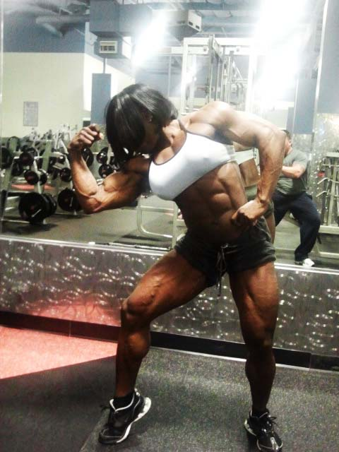 victoria dominguez female bodybuilder