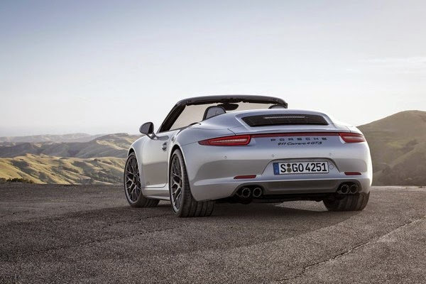 отзывы и мнения автовладельцев о Porsche 911 Carrera GTS 2015 модельного года