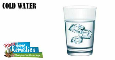 Home Remedies For Puffy Eyes: Cold Water