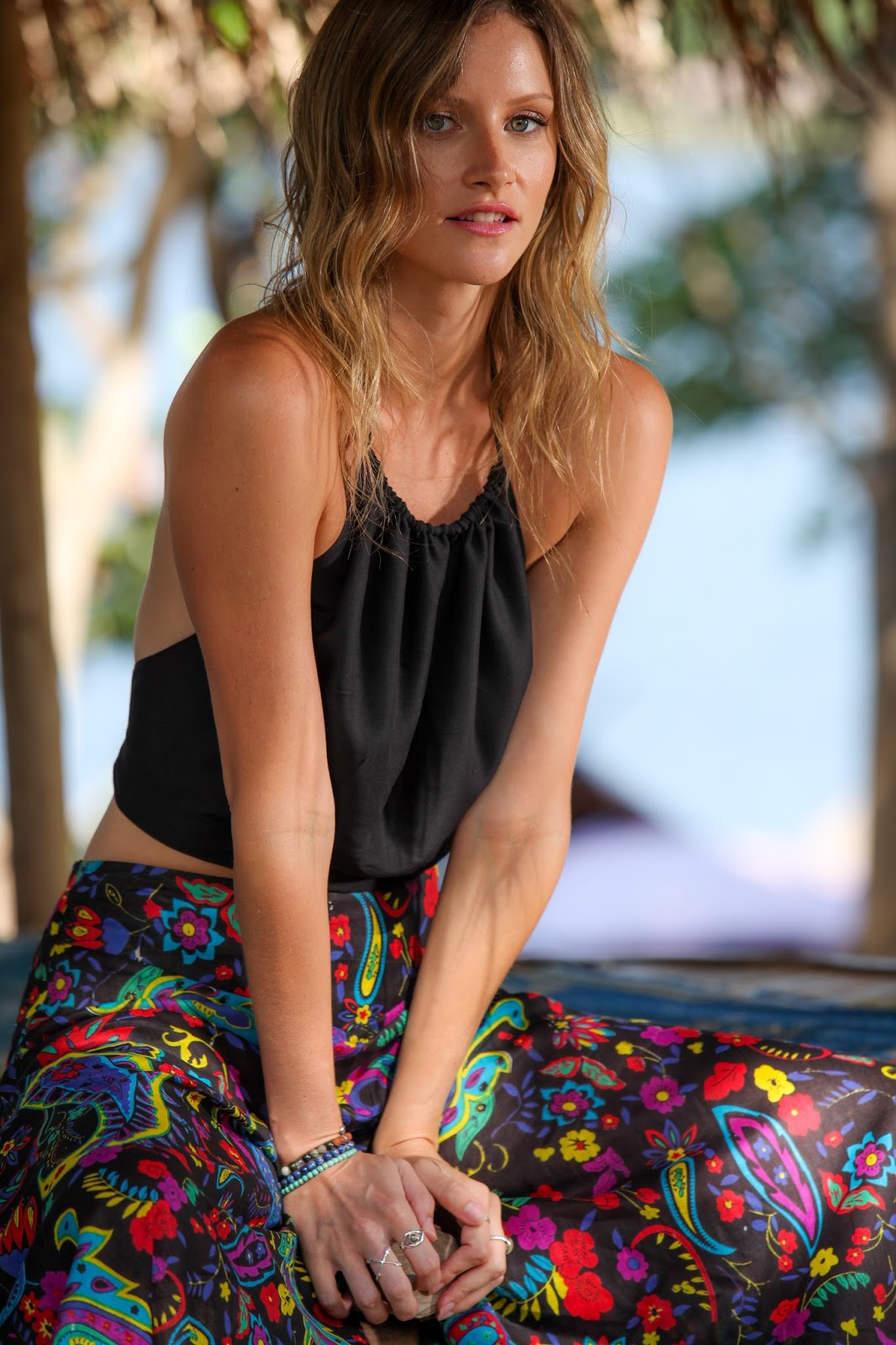 fashion and travel blogger, alison hutchinson for Tropic Bliss Apparel