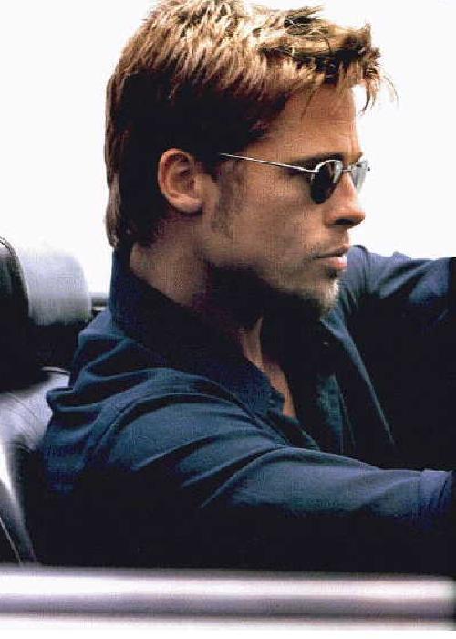 Brad Pitt é uma inspiração eterna para os homens estilosos! Tem