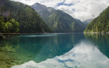 Wallpaper: Scenery from Jiuzhaigou Valley