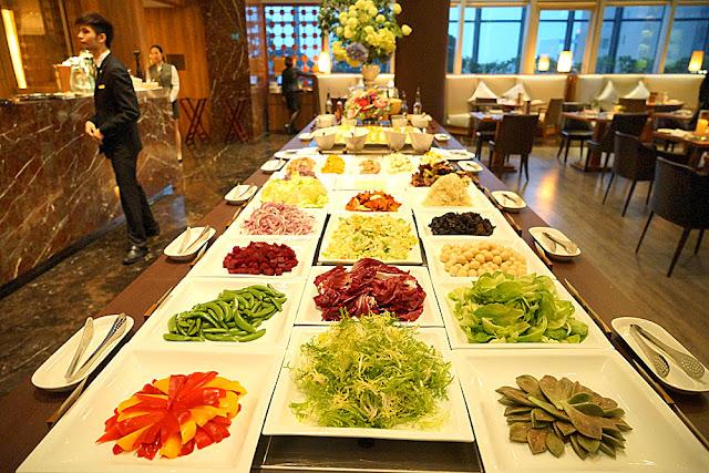 DSC03003 - 熱血採訪│裕元花園酒店映景觀餐廳,台中情人節餐廳之夜乾式熟成牛排的浪漫饗宴