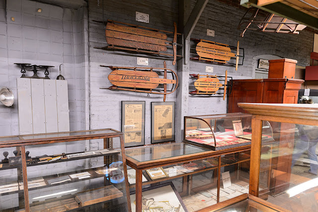 Lightning Guider Sled museum