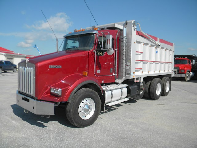 Mack dumps shop  Trucks - The Energy of a Bulldog