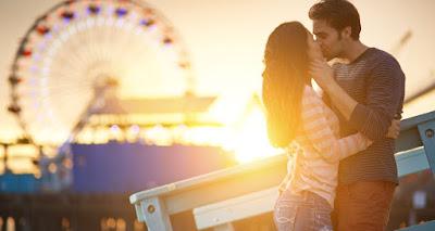Δε θα πιστέψεις τι συμβαίνει στο σώμα σου όταν φιλάς κάποιον για πρώτη φορά