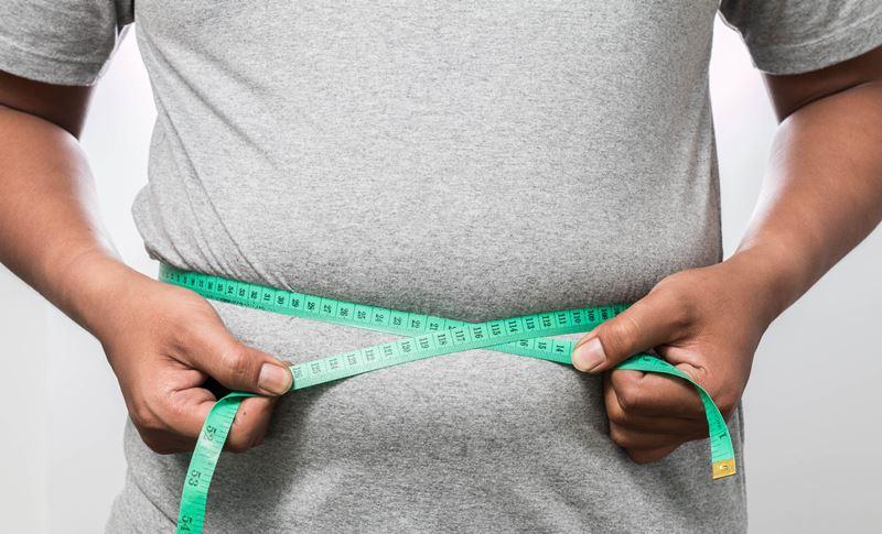 Obezitenin yol açtığı sağlık sorunlarına dikkat