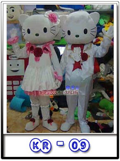 gambar kostum badut hello kitty wedding 2016