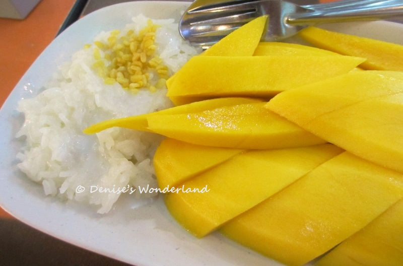 10 Delicious Food To Try in Bangkok