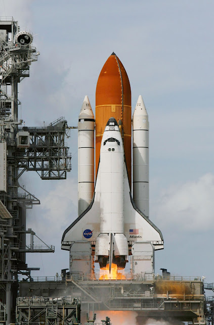 how much does space shuttle atlantis weigh - photo #4