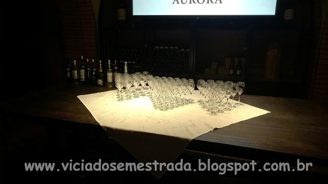 Degustação de vinhos e espumantes da Cooperativa Vinícola Aurora