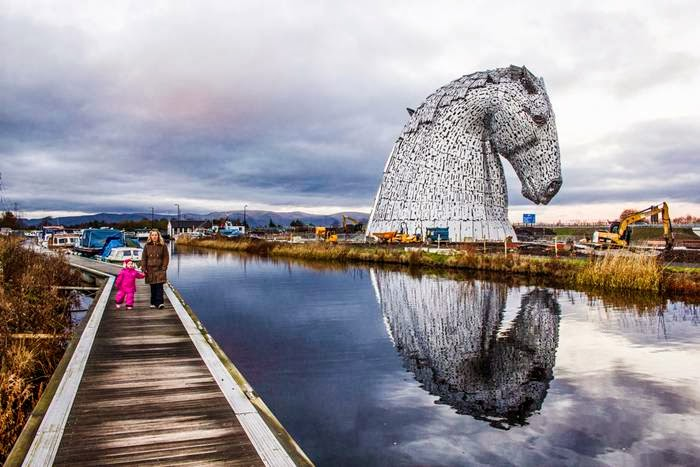 Each of The Kelpies will stand up to 30 metres tall and each one weighs over 300 tonnes.