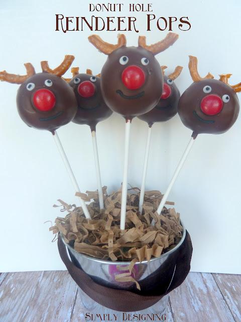 reindeer donut pops 01a Donut Hole Reindeer Pops {revamped} 5