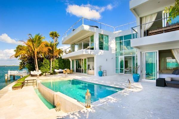 The-Seminyak-Beach-Resort-Pool Best Infinity Pools Villas Bali