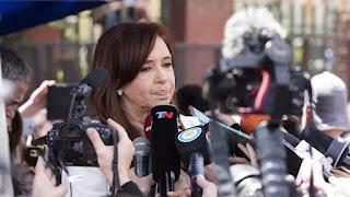 la oficina anticurrupción pide investigar a Cristina
