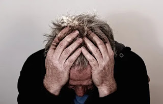 Obat sakit kepala yang dijual bebas umumnya hanya menghilangkan atau mengurangi gejalanya saja.