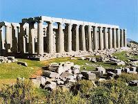 Αποτέλεσμα εικόνας για ναόσ του επικούριου απόλλωνα στισ βάσσεσ