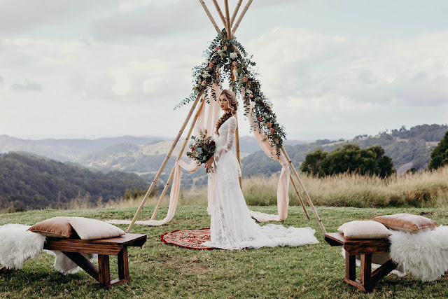 CHASING MOMENTS PHOTOGRAPHY QUEENSLAND BOHEMIAN BRIDAL DESIGNERS WEDDING GOWN