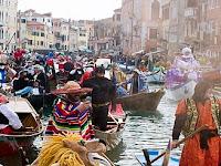 Mengintip Meriahnya Carnevale d'Venesia di Kota Air