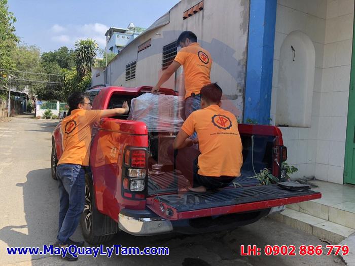 Bộ phận giao hàng ràng buộc máy vắt ly tâm tách nước kỹ lưỡng để đảm bảo an toàn khi vận chuyển đường dài