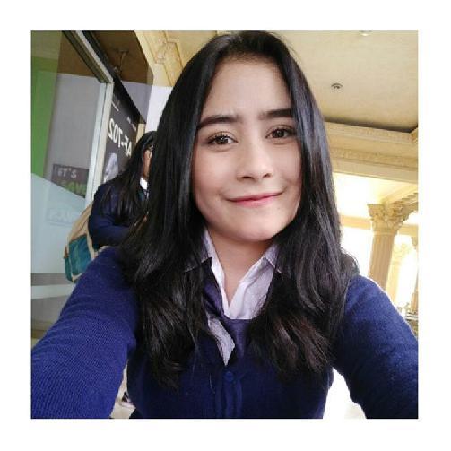Fakta Prilly Latuconsina Harus Anda Ketahui [Artis Indonesia Hot]