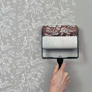 rolo para pintar un patron en la pared