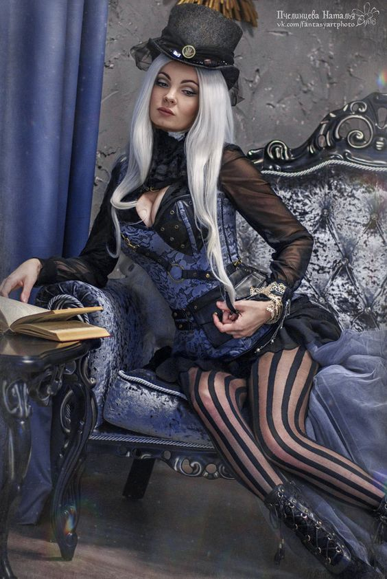 Steampunk Fashion Guide Silver Haired Steamgoth-9209