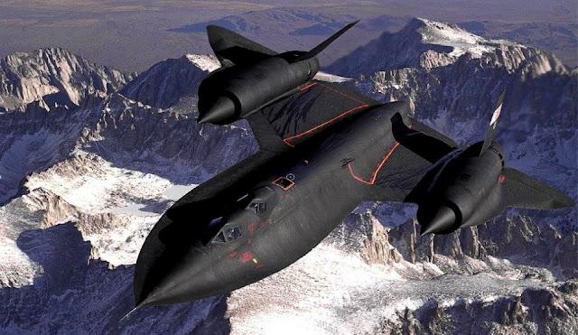 Pilot of SR-71 Blackbird Sights a UFO  SR-71%2BBlackbird