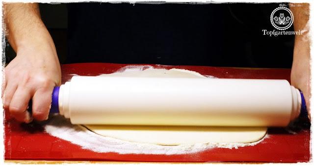 Gartenblog Topfgartenwelt Buchvorstellung Nudeln, Nockerln, Spätzle ... Teigwaren selbstgemacht - Rezept Powidltascherl mit Butter und Semmelbrösel - Leopold Stocker-Verlag