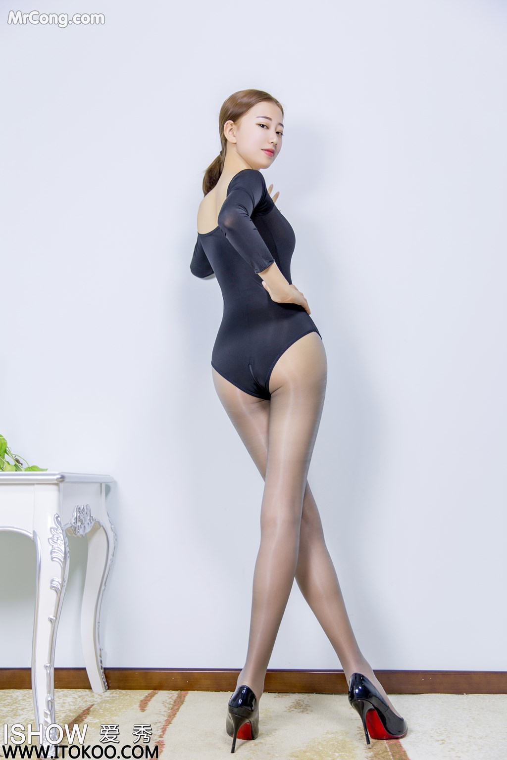 Image ISHOW-No.151-Han-Zhi-Ying-Flora-MrCong.com-008 in post ISHOW No.151: Người mẫu Han Zhi Ying (寒栀樱Flora) (31 ảnh)