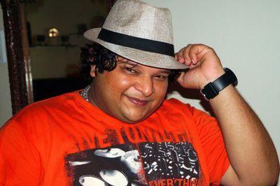 Biodata Alpesh Dhakan berperan sebagai Saurabh Bose ( Kakak Sonakshi )