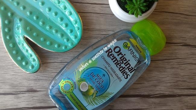 Champú de Agua de Coco y Aloe Vera de Garnier