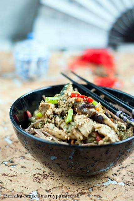 poltino, makaron, soba, indyk, chinskie, chinska, warzywa, bernika, kulinarny pamietnik