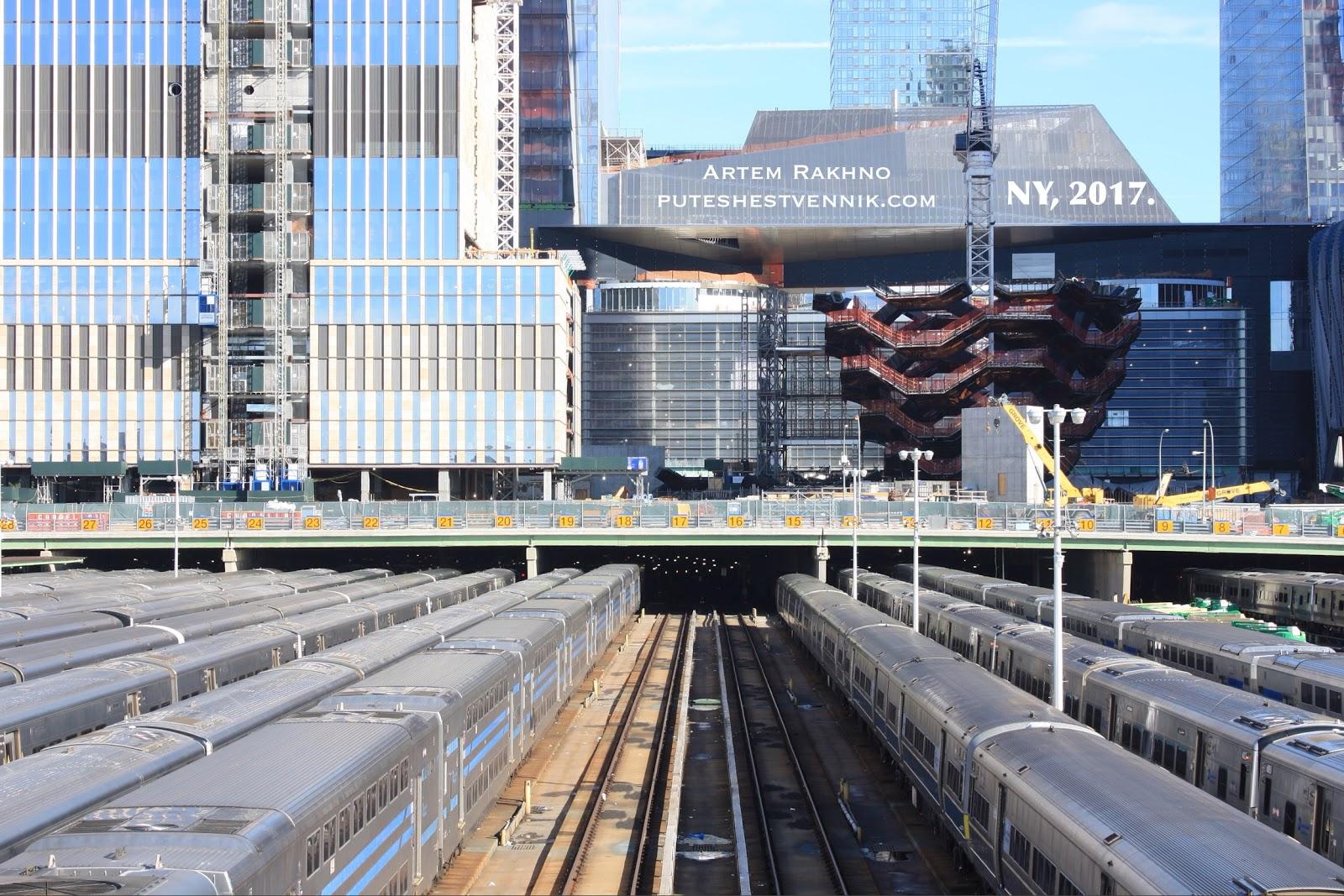 Депо поездов метро в Нью-Йорке