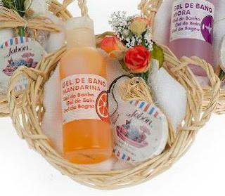 cesta mimbre baño aroma mandarina como detalle de boda para mujeres