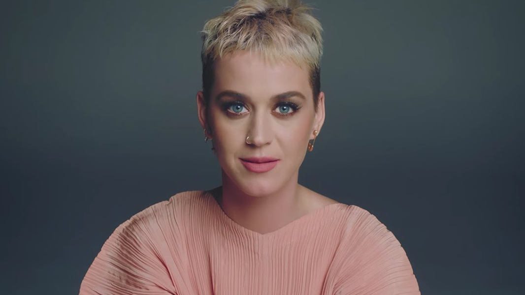 Katy, querida, me ajuda a te ajudar.