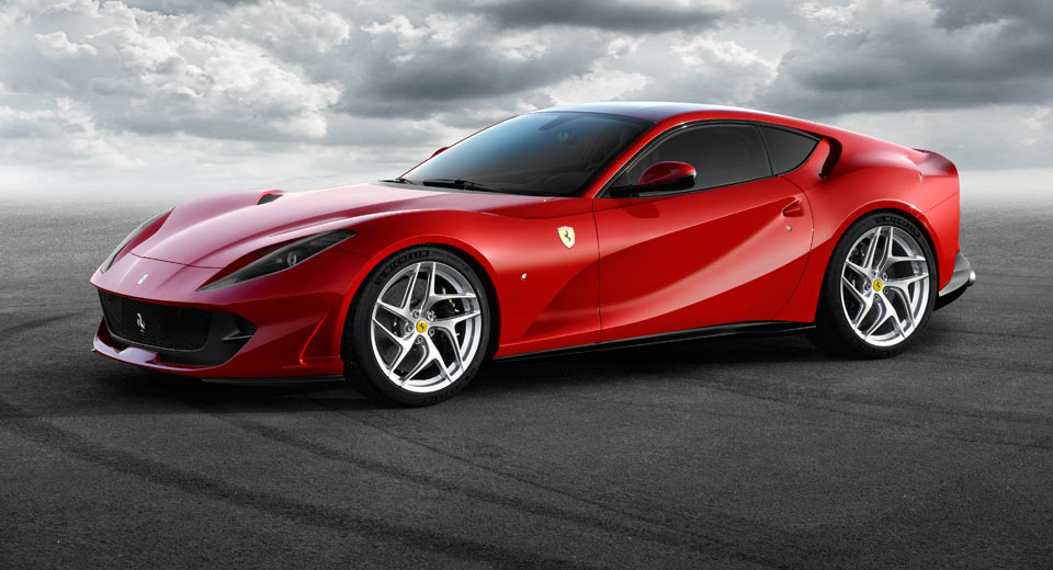 Ferrari 812 Superfast Bows With 789 HP 6.5-Liter V12