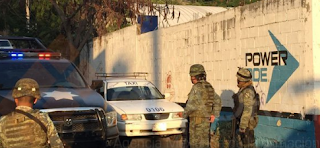 Balacera afueras de escuela preparatoria en Zihuatanejo Guerrero; 1 muerto