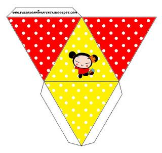 Caja con forma de pirámide de Pucca.