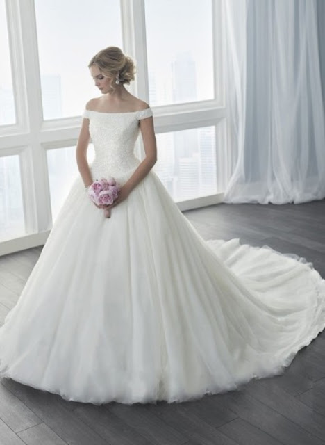 http://www.dressesofgirl.com/ball-gown-off-the-shoulder-tulle-chapel-train-sequins-new-style-wedding-dresses-dgd00022726-5845.html?utm_source=post&utm_medium=DG6002&utm_campaign=blog