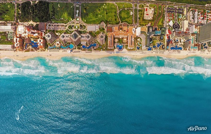 Beautiful Panoramic Pictures Of 20 Famous Cities - Cancun, Mexico