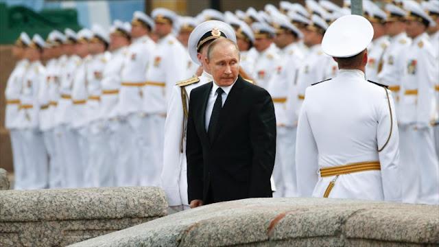 Medida recíproca: Putin echa a 755 diplomáticos estadounidenses