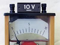 Voltmeter: Pengertian, Rumus, dan Cara Penggunaan