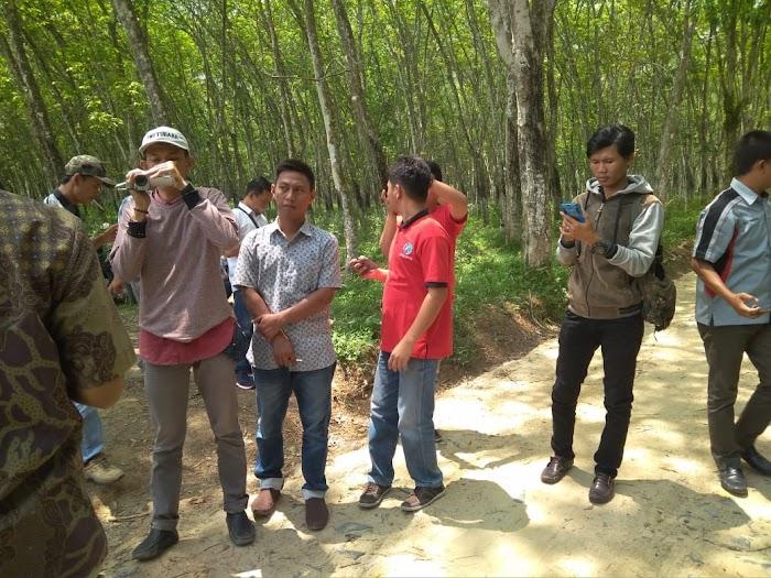 Anggota DPRD tinjauan jalan onderlagh usahatani Yang bersumber dari pemkap tubaba