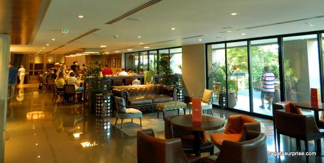 Sala de estar do Hotel Deville Prime, Campo Grande, Mato Grosso do Sul