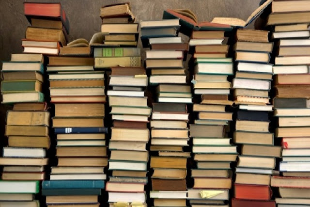 5 Tips agar Buku Tidak Mudah Rusak dalam Waktu Lama