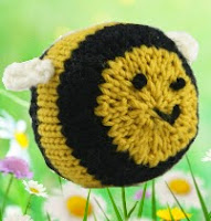 http://www.yarn.com/resources/Yarn/docs/discdpatterns/376_Knit_Bumblebee.pdf