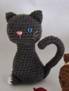 http://www.craftsy.com/pattern/crocheting/toy/kitten-crochet-amigurumi-pattern/2483